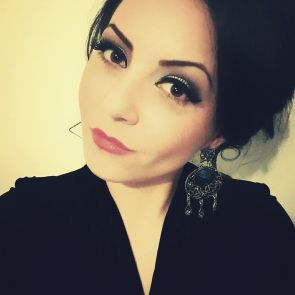 Paola Duncheva, makeup artist