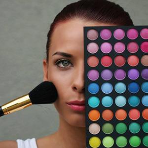 Nicole Runeva, makeup artist